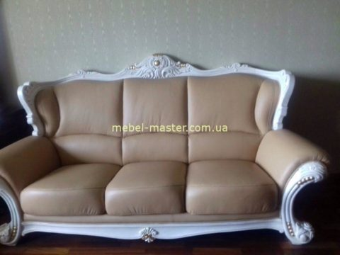 Дорогой классический диван в коже Карпентер 208. Испания. со скидкой.