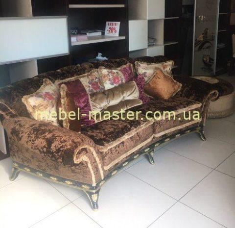 Недорогой классическая мягкая коричневая мебель. Румыния