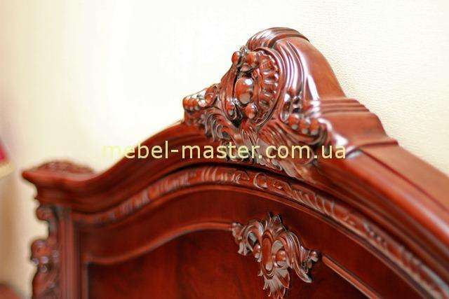 Резная корона кровати Карпентер 208