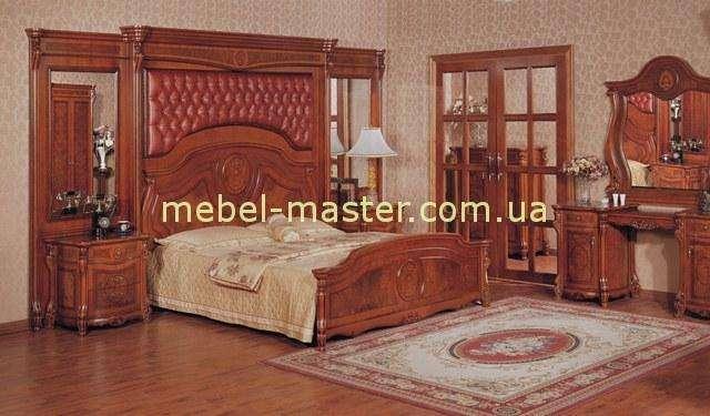 Дорогая классическая мебель из массива натурального дерева Касадеко со скидкой
