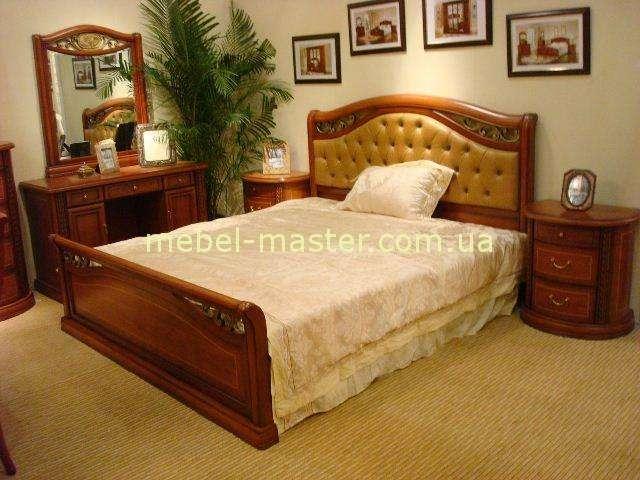 Кровать с мягким изголовьем Фейлонг.