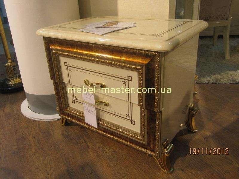 Золотая мебель для спальни