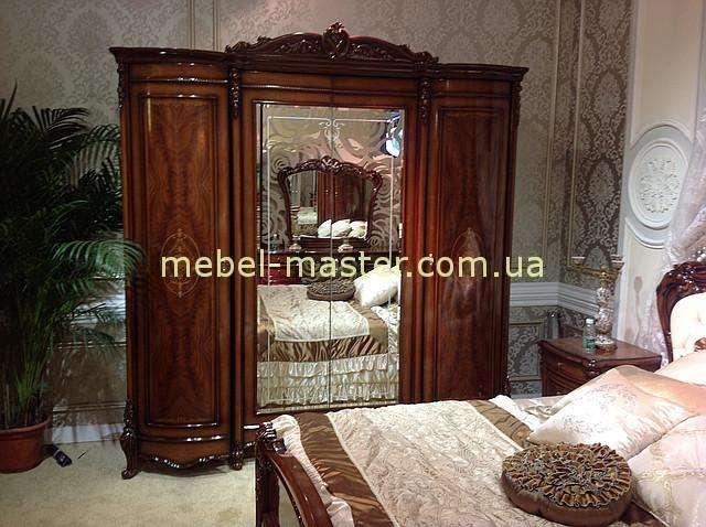 Четырехдверный шкаф в цвете орех Элизабет. Китай