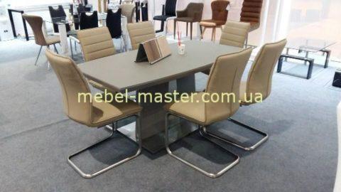 Модерновый стол LUICA-DT из метала и стекла.