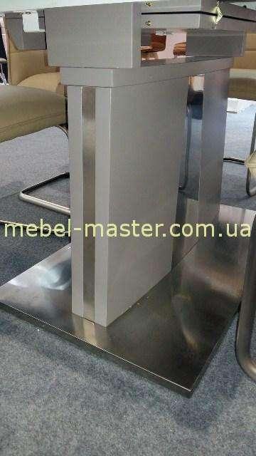Нога к столу в стиле модерн. Италия.