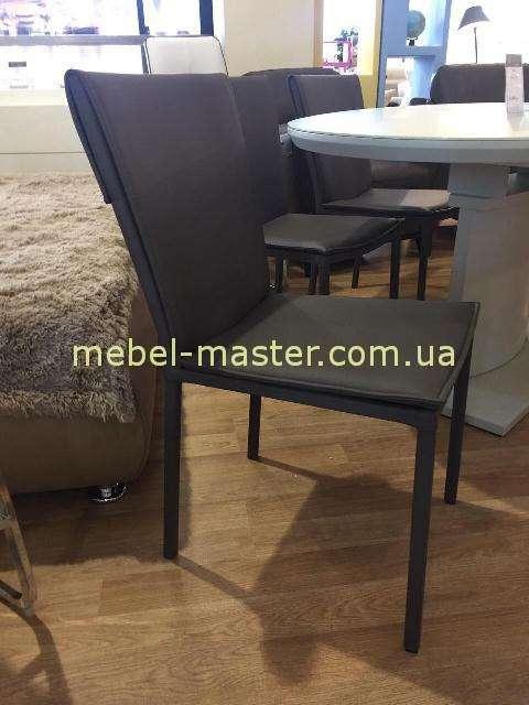 Коричневый стул YA-898CH