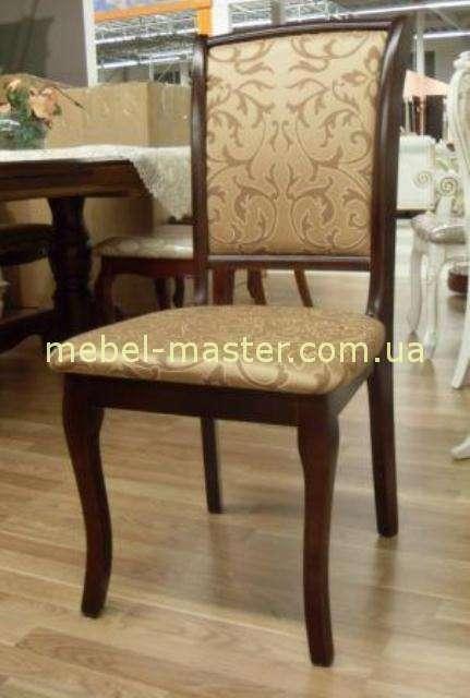 Темноореховый классический румынский стул