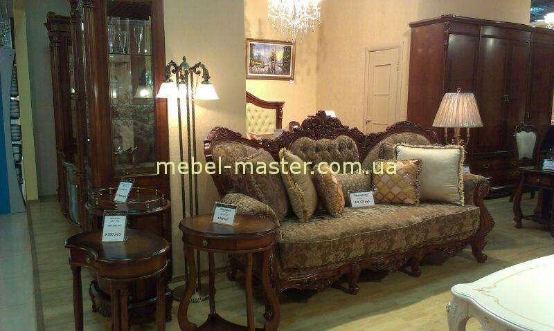 Резной классический диван из коричневого дерева Империал