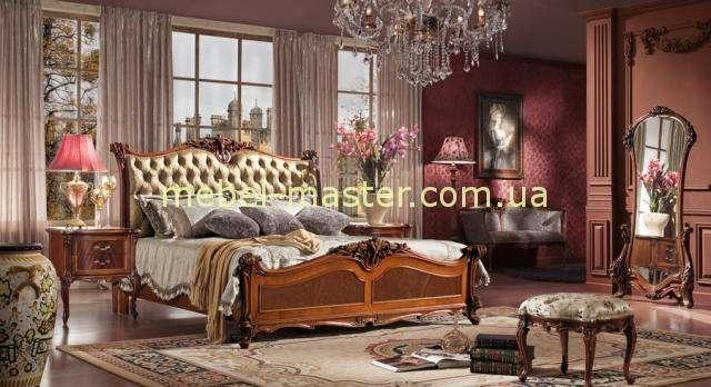 Ореховый мебельный гарнитур Карпентер 238. Кровать с прямой спинкой