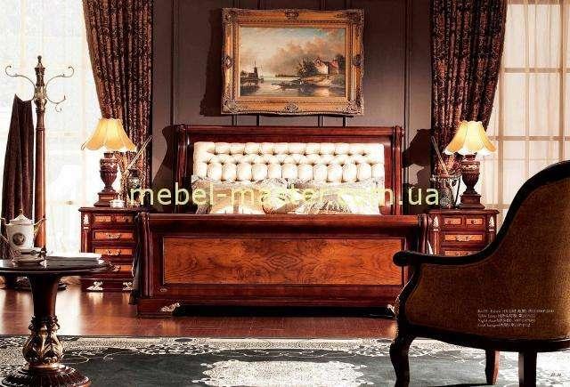 Кровать 1800 с прямым изголовьем в тканевой обивке Карпентер 216. Цвет орех