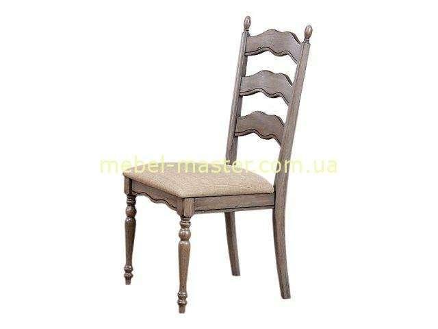 Стул в цвете оливка для комплекта мебели в столовую