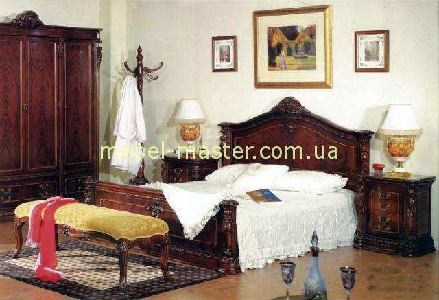 Кровать с твердым изголовьем Карпентер 208. Массив дерева Испания