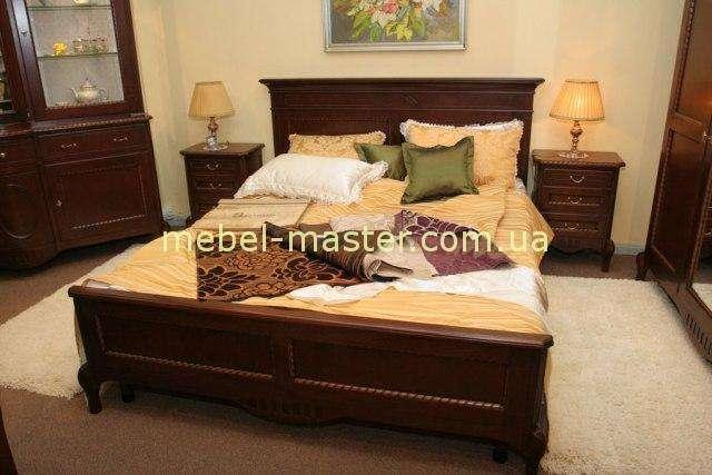 Классическая кровать из массива натурального дерева Париж