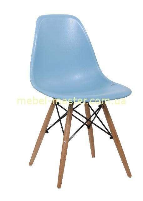 Голубой стул из пластика Энзо