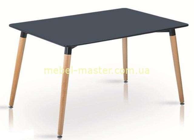 Черный обеденный стол ноги из массива бука, столешница МДФ.
