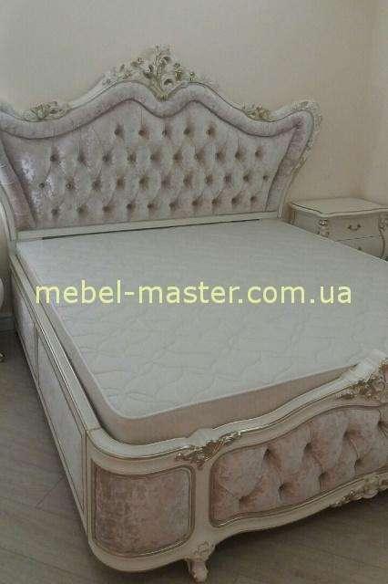 Белый спальный гарнитур Шампань.