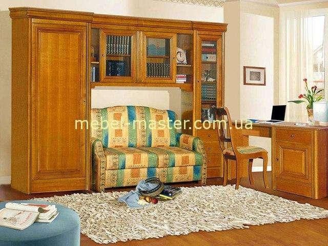 Классическая мебель в молодежную комнату Анка. Румыния.