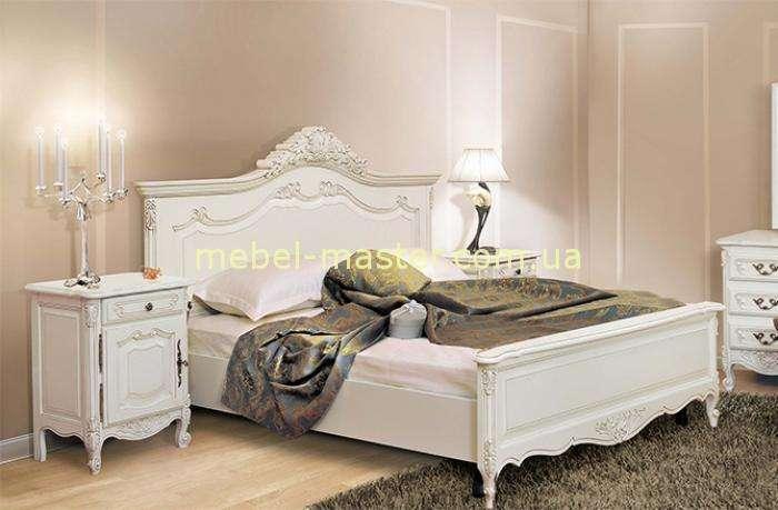 Белая резная кровать с твердым изголовьем Могадор, Румыния