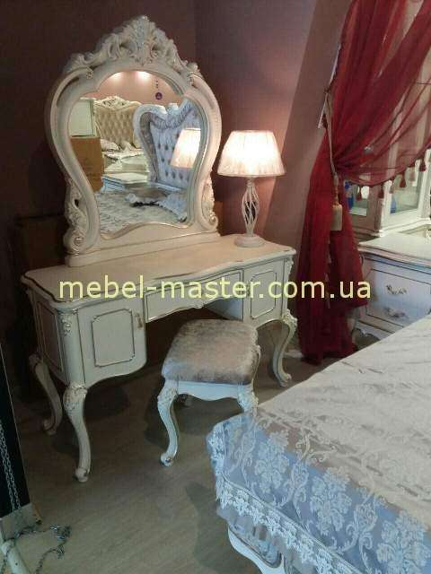 Белый туалетный стол с патиной Версаль, Энигма