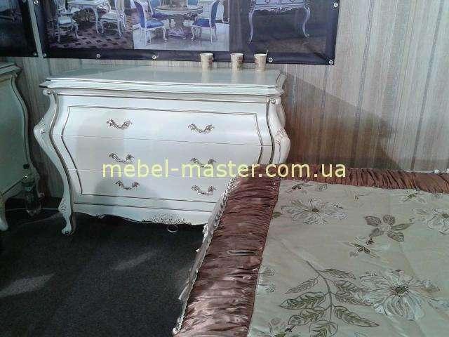 Комод классический в мебельный гарнитур Версаль