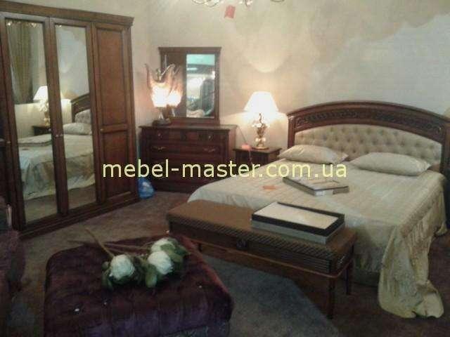 Ореховая кровать с мягким изголовьем Анжелика, Италконцепт