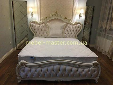 Резная кровать в стиле Людовика XIV, Энигма со скидкой