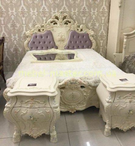 Белая резная кровать в венецианском стиле Венеция, Малайзия