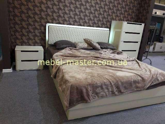 Модерновая кровать цвет капучино, Кристал