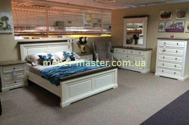 Деревянная кровать в стиле Прованс с отделкой в орехе Калифорния, Домини