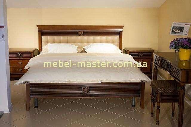 Ореховая кровать с мягким изголовьем Валенсия, Италконцепт