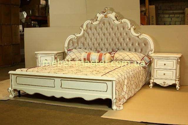 Кровать Провен в стиле барокко. Изголовье ткань