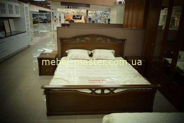 Кровать из натурального дерева Афина