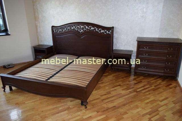 Кровать с твердым изголовьем Верона из массива натурального дерева