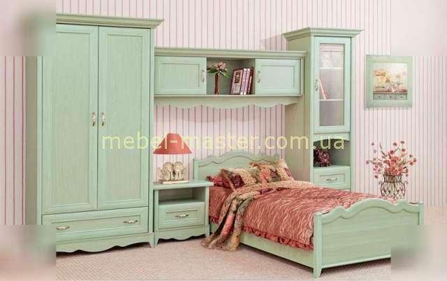 Зеленая детская мебель для подростковой комнаты.