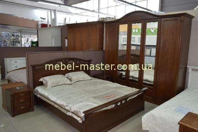 Коричневая спальня из массива натурального дерева Афина, Украина