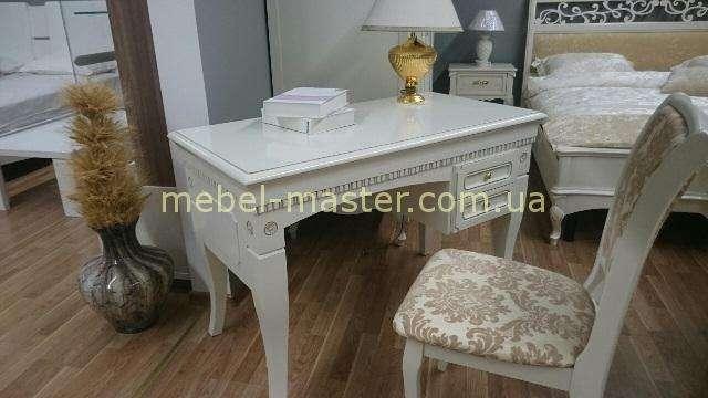Белый классический письменный стол Анна, Румыния