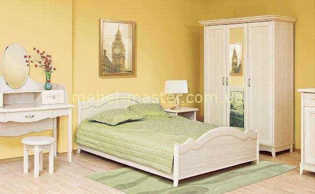Кровать Селина в светлом цвете для детской комнаты.