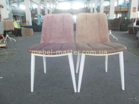 Недорогие мягкие стулья 9227из велюра на белых ногах