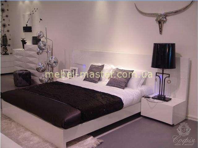 Кровать с тумбочками для спальни Шоколад София