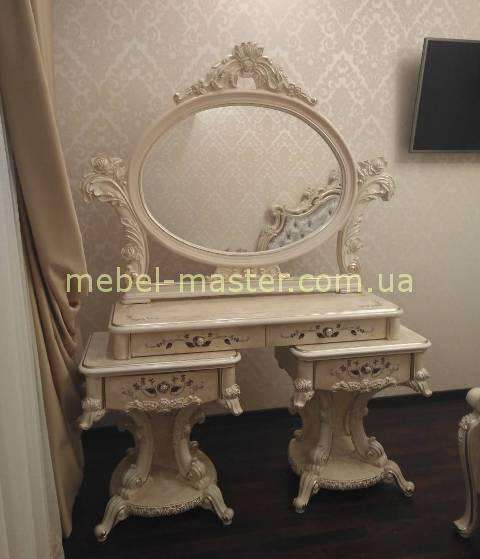 Резной туалетный столик Ренессанс в стиле барокко, Энигма