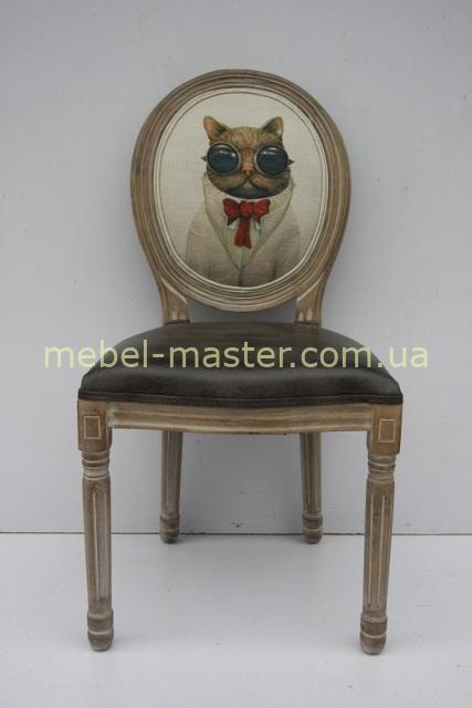 Деревянный обеденный стул с декором кот